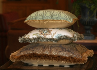 Robert Allen Pillow Stack