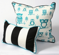CushionSource.com Hooty Turquoise Vertical Set