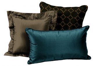 Christmas Holiday Pillow Set
