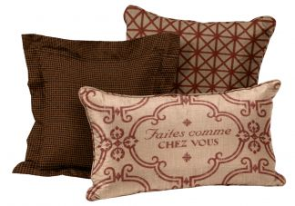 Warm Welcome Pillow Set