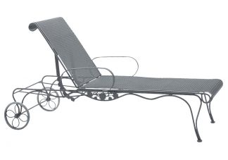 Briarwood Adjustable Chaise Lounge