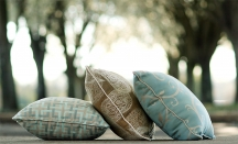 How to Measure Throw Pillows