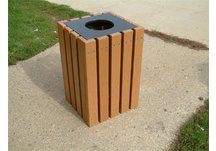 22 Gallon Trash Receptacle