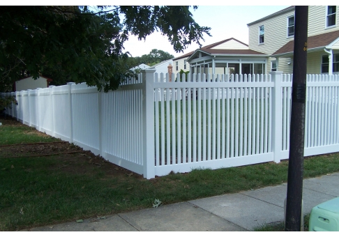 Classic Vinyl Straight Top Picket Fencing