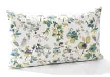 Highland Matelasse Vine Ivory and Watercolor Aqua Pillow